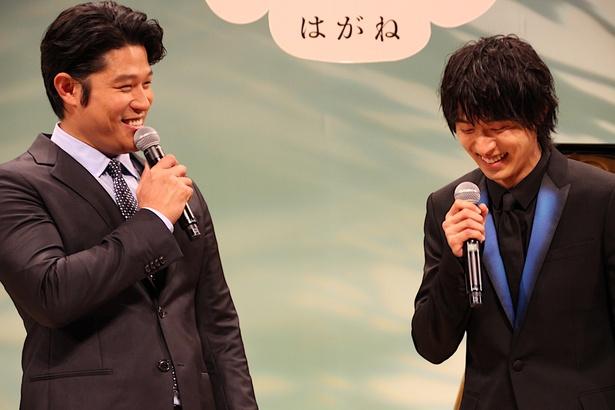 兄弟のようなやり取りを見せた山崎賢人、鈴木亮平