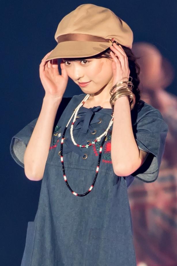 福原遥(Rakuten GirlsAward 2018 SPRING/SUMMER)