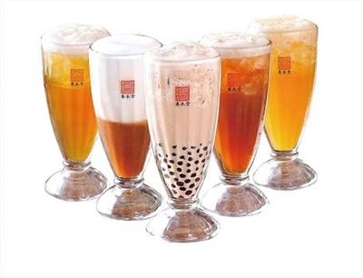 香り高い「ジャスミンティー」(420円)やコクのある「香醇紅茶」(420円)など/春水堂グランフロント大阪店