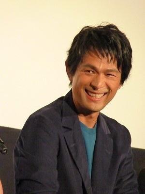 笑顔も素敵すぎる江口洋介。