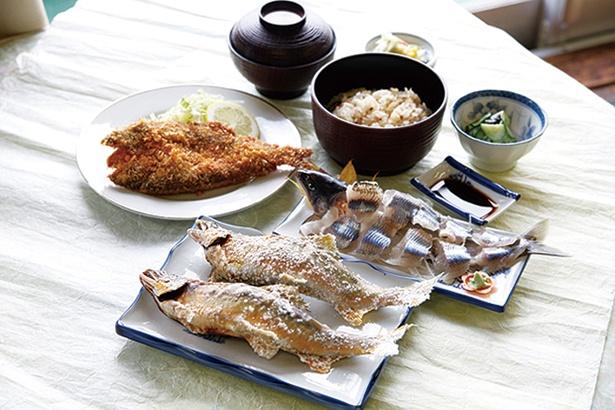 大ぶりの天然アユを、刺身などで味わえる「鮎Aコース」(5000円)が人気。食事処は6月23日(土)にオープンし、要予約