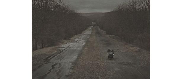 ふたりはただひたすら南へと歩き続けている