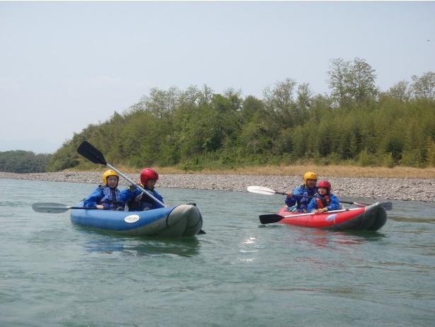 子どもや初めての人でも安心して参加できる川下りツアー