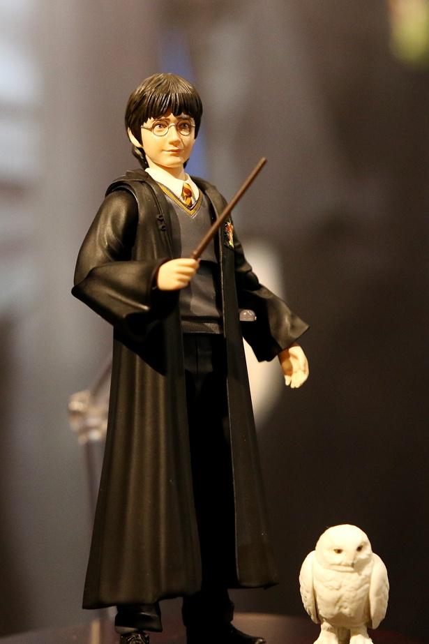 『ハリー・ポッターと賢者の石』からハリーとヘドウィグ
