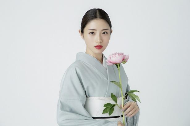 2018年7月日本テレビ系新水曜ドラマ「高嶺の花」で主演を務める石原さとみ