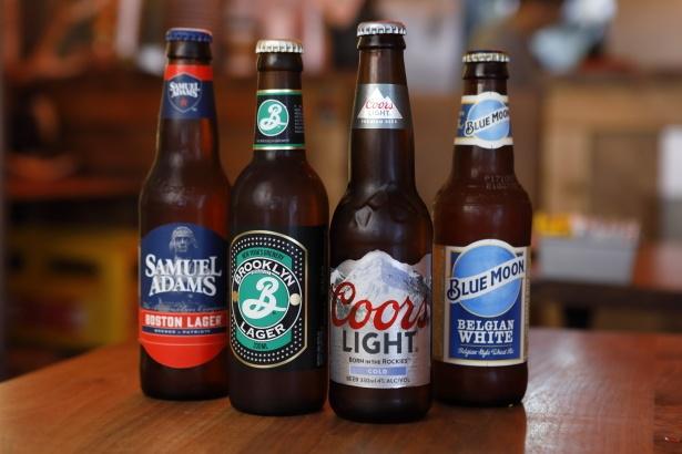 クラフトビールもそろうので、ハンバーガーとのペアリングを楽しもう