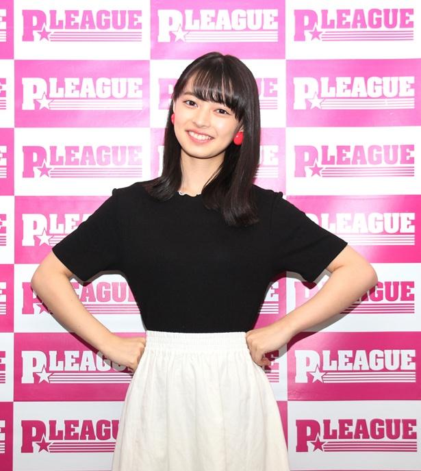 「ボウリング革命 P★LEAGUE」で「P★リーグサポーター」を務めるアンジュルム・上國料萌衣にインタビュー!