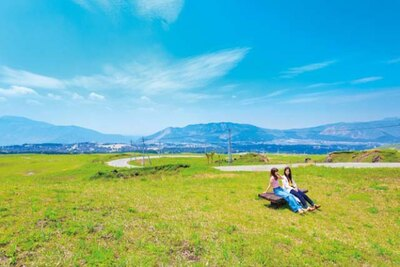 「阿蘇パノラマライン」の中間に位置する米塚下園地。九州を代表する観光地、熊本・阿蘇の情報も盛りだくさん!