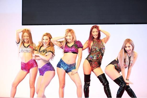 「メガスーパーカーモーターショー2018 in 熊本」に登場したCYBERJAPAN DANCERS
