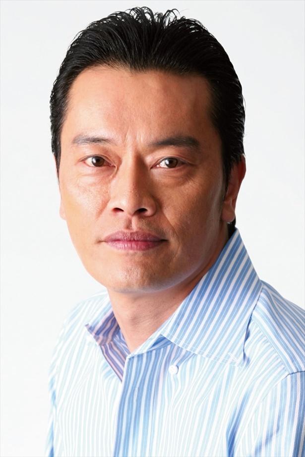 遠藤憲一はえみると深くかかわることになる生活保護受給者・阿久沢を演じる