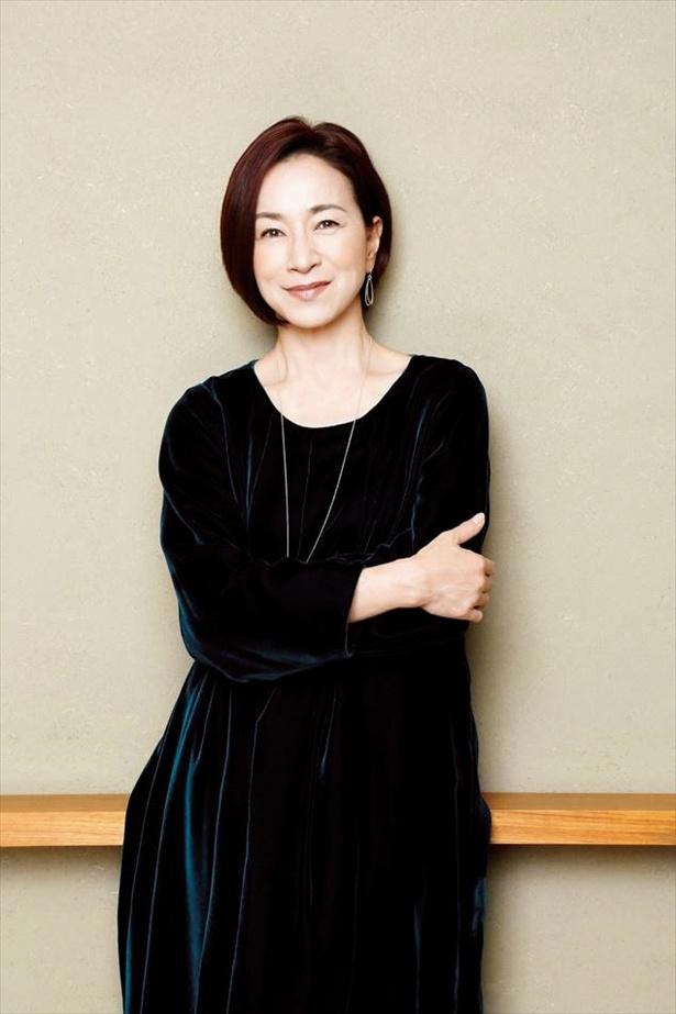 アオイ(清原果耶)が働く産婦人科医院の看護師長を演じる原田美枝子