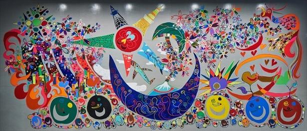 香取がパラサポのキーメッセージ「i enjoy !」をテーマに描いた記念壁画