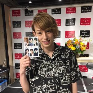 「舞台男子 the real」発売記念写真展が開催!杉江大志、富田翔を招いてのトークイベントレポート