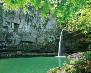 美しき感動の世界!一度は見ておきたい、九州南部の夏絶景4選
