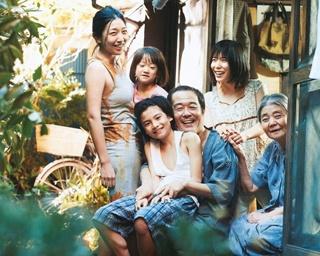 """いつ壊れるかわからない、犯罪でつながった家族。それぞれが心から求める""""幸福の図""""を貪欲に演じているみたいで…、ふつうの家族にはない""""家族らしさ""""がまぶしいです"""