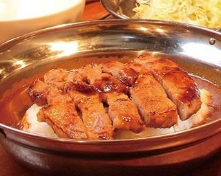旨いカレーはここにあり!福岡のBarで食べる本格カレー3選