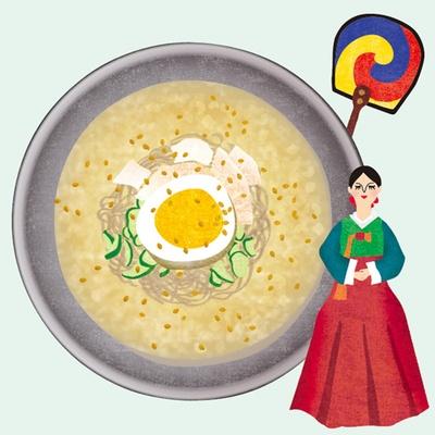 韓国の冷麺。さっぱり味のシャリシャリに凍った牛骨スープが夏にぴったり