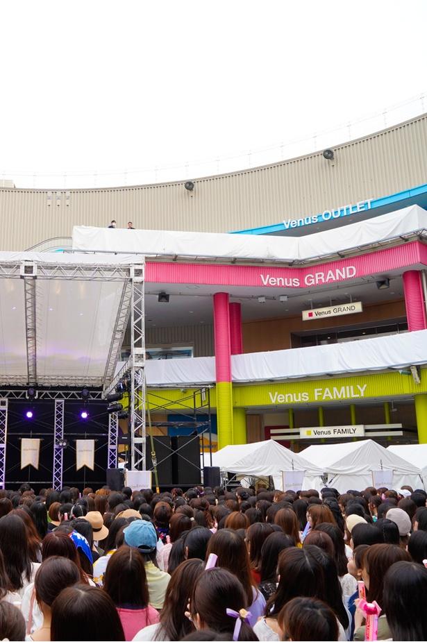 【写真を見る】5月26日に行われたKing & Princeデビューイベント時の様子