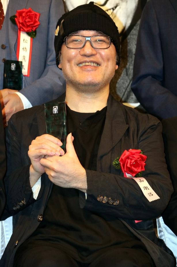 「名探偵コナン」の原作者、青山剛昌先生が満面の笑み