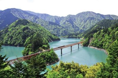 日本唯一のアプト式鉄道「南アルプスあぷとライン」
