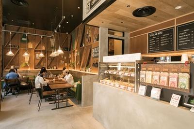 【写真を見る】ショップに併設した店内/niko and ... COFFEE