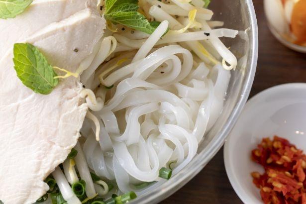 透け感のある麺が涼しげ!
