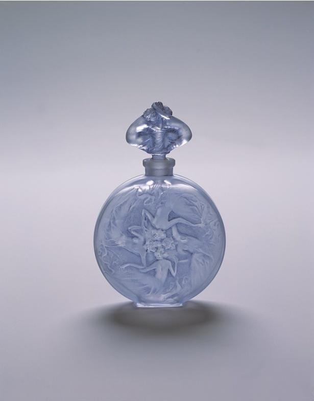 ルネ・ラリック「香水瓶 バラの形の女性像」(1912)