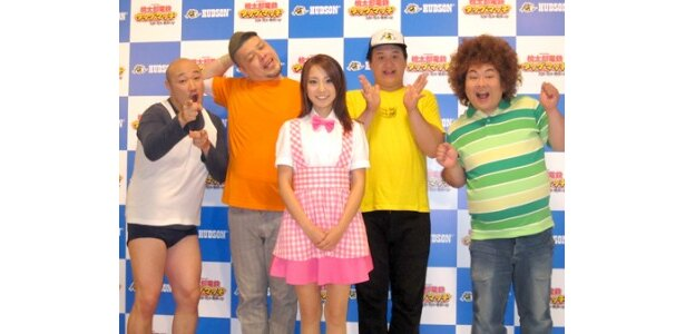 「桃太郎電鉄―」のCMキャラクターに起用されたくまだまさし、川島邦裕、山本梓、福島善成、吉田サラダ(写真左から)