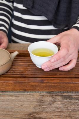 【写真を見る】お茶は温度が変わるだけで味が変わってくるそう