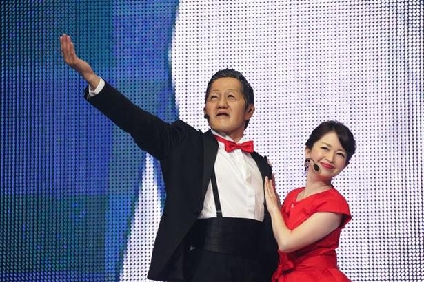劇団ひとり&松丸友紀アナのサプライズステージに、往年のファンが泣いた横アリ公演
