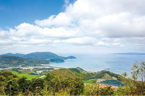 柑子岳 / 白木神社方面に進む際に通過する北展望所で、また違う景色を堪能