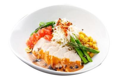 「札幌らーめん ほくと亭」の「夏・サラダ冷麺」(900円)