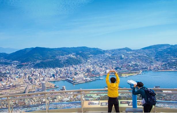 稲佐山 / 昼、夜ともに眺望抜群の長崎のランドマーク