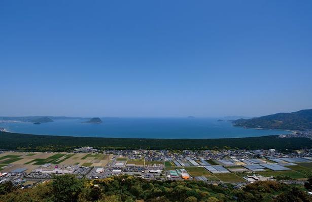 鏡山 / 虹の松原と唐津湾をパノラマで見渡すことができる!