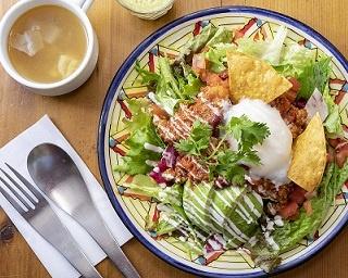 ボリューミーでヘルシーなランチが楽しめる「Mexican Dining AVOCADO 下北沢店」