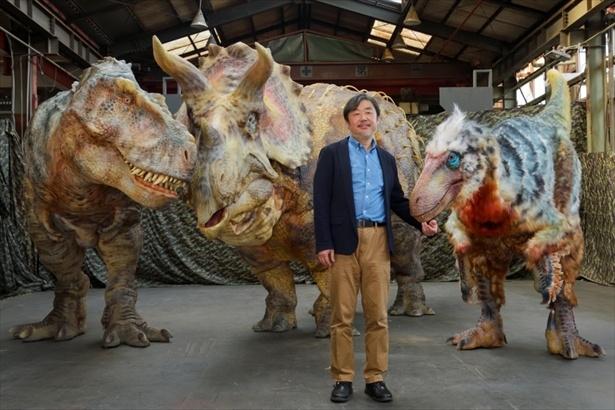 る日本が誇るものづくり会社「ONART(オンアート)」がで大型の恐竜を自由に自立歩行させる