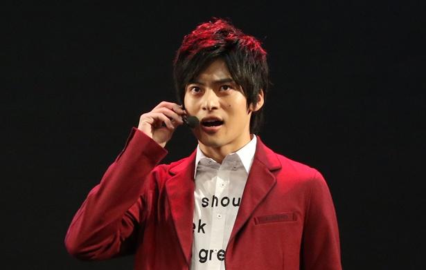 兄・湊カツミを演じるのは平田雄也