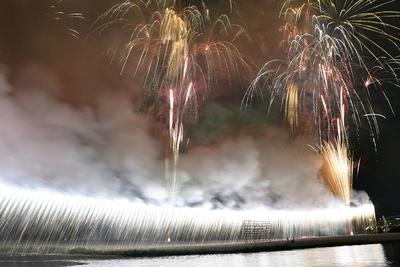 フィナーレを飾る大ナイアガラ