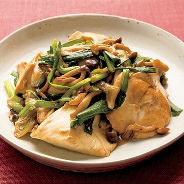 とろっとした豆腐がたまらない!「豆腐ときのこのオイスター炒め」