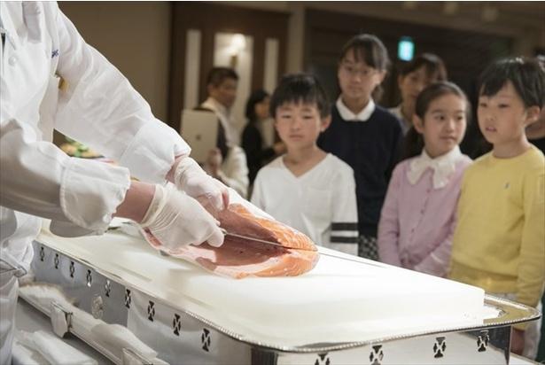 浦安ブライトンホテル東京ベイで体験型食事マナーイベントが開催