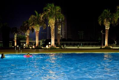 飲酒前ならプールでの遊泳もOK。遊んで食べて一日楽しめる!