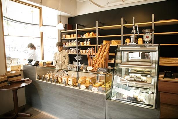 「パン屋 むつか堂」は食パン専門店