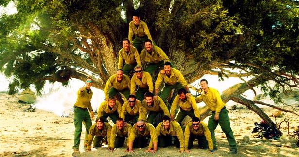 平均年齢27歳のグラニット・マウンテン・ホットショットの面々。おちゃらけな日常と真剣勝負の仕事時のギャップに、アメリカでは消防士はモテるってのも激しく納得