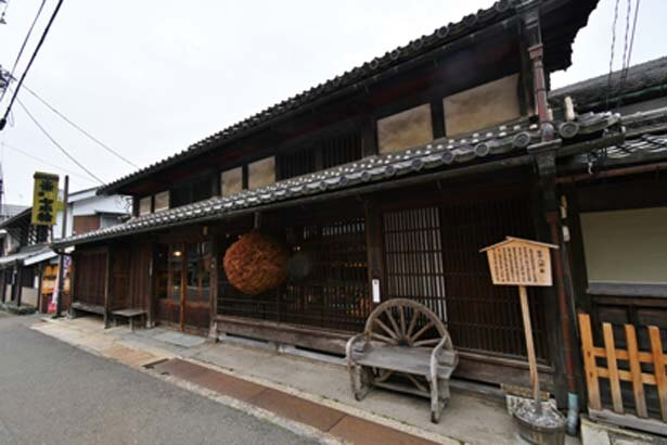江戸時代に建てられた建物/冨田酒造
