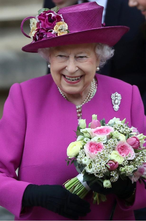 エリザベス女王、5月に手術を受けていた!