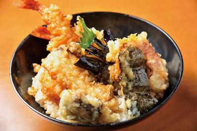 【写真を見る】天丼¥850。