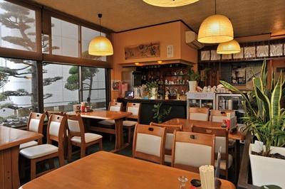 飾らない雰囲気で、地元感あふれる食堂