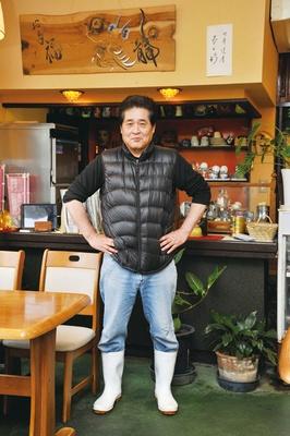 五色に残るサワラの生食文化を残すためにサワラ丼を考案した、店主の橋詰政直さん