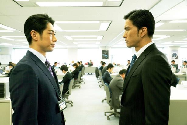 『空飛ぶタイヤ』で対峙する役どころを演じた長瀬智也とディーン・フジオカ
