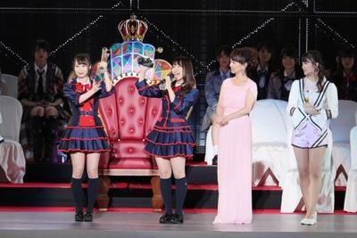 選抜メンバー入りを惜しくも逃すが、大健闘となった 第17位の松村香織(左から2番目)と第18位の高柳明音(左端)